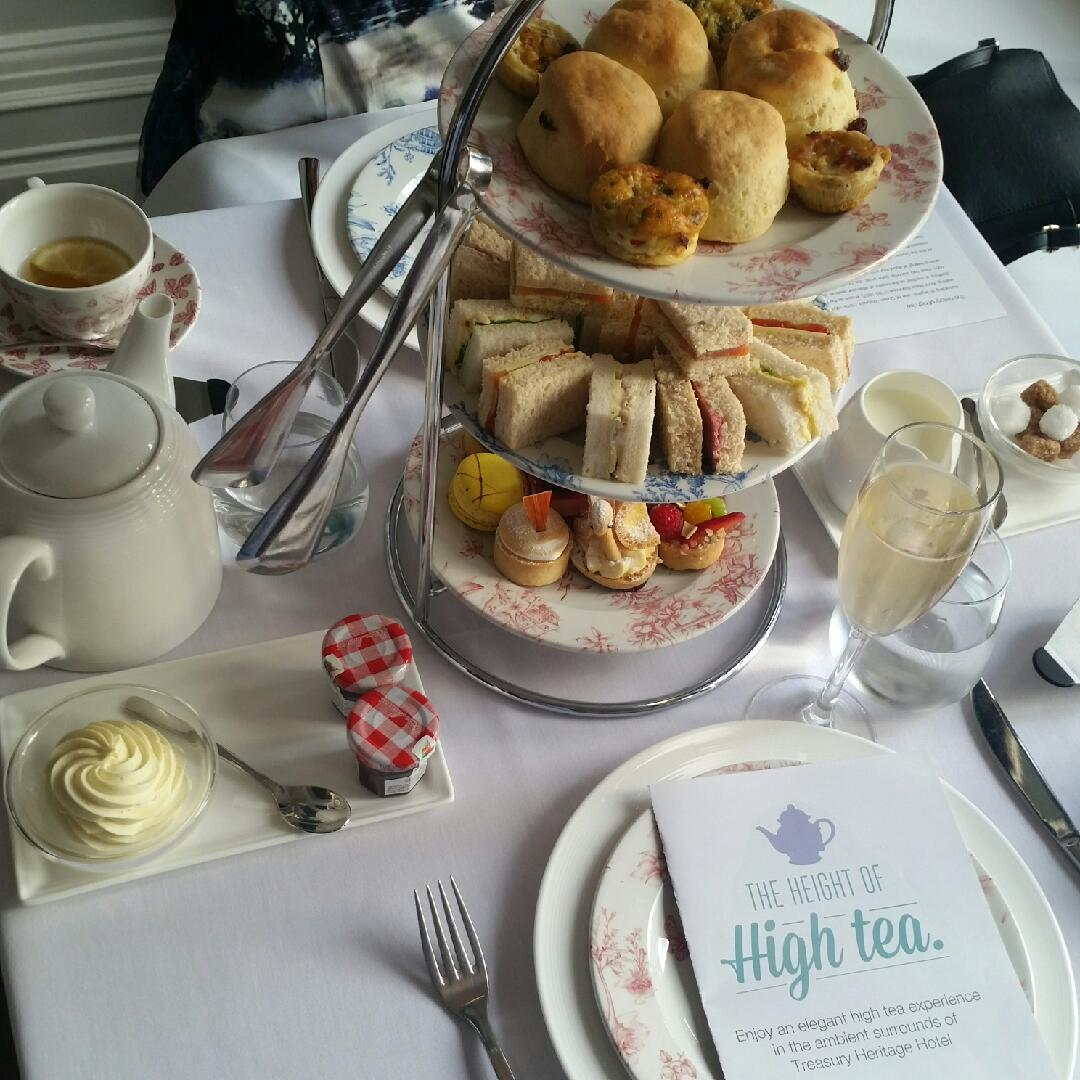 High Tea | Treasury Hotel & Casino (Lab Restaurant)